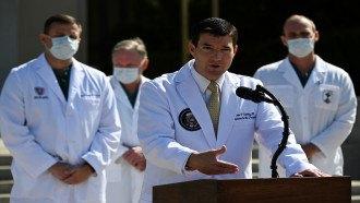 طبيب البيت الأبيض يعلن آخر التطورات الصحية للرئيس الأمريكي