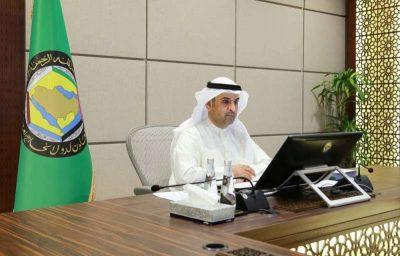 الأمين العام لمجلس التعاون الخليجي يرحب بإطلاق الأسرى والمعتقلين باليمن