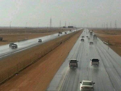 أمن الطرق: 8 نصائح لقيادة آمنة خلال موسم الأمطار