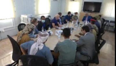 رئيس الفريق الحكومي بلجنة إعادة الانتشار يلتقي نائب رئيس بعثة الأمم المتحدة لدعم اتفاق الحديدة