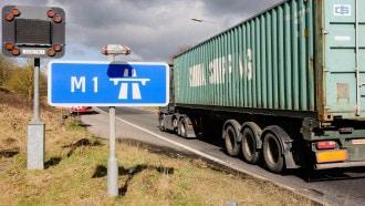 سرقة شاحنة في بريطانيا تحمل منتجات آبل بقيمة تتجاوز الـ6 ملايين دولار