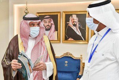 سمو أمير منطقة نجران يستقبل ممثل الاتحاد السعودي للسباحة بالمنطقة