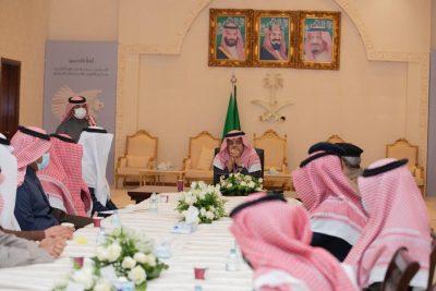 الأمير منصور بن محمد يدشن الهويه البصرية لمهرجان الكمأ 2021 بحفرالباطن