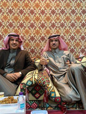 """أبناء الحمد بالشرقية يُكرِّمون العميد """" عبدالعزيز """""""