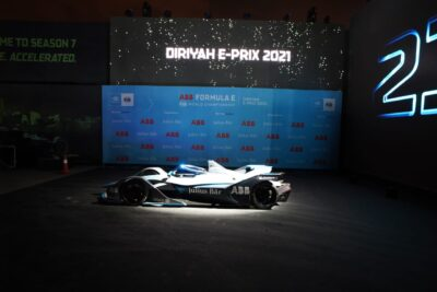 الدرعية تشهد انطلاق منافسات الموسم السابع من سباق فورمولا إي الدرعية 2021 .. غدًا
