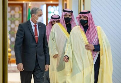 وزير الداخلية العراقي يصل إلى الرياض