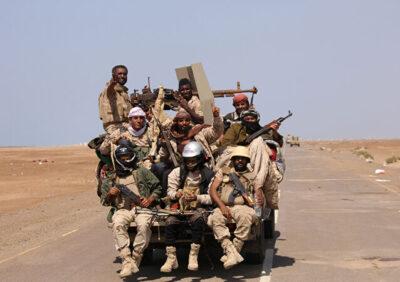 """مقتل """"43 """"حوثياً في معارك مع الجيش اليمني غرب مأرب"""