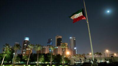 الكويت تفرض حظر تجول جزئياً لمدة شهر