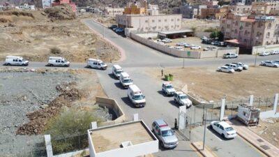 نقل المرضى المنومين والعيادات من مستشفى المخواة القديم للمستشفى الجديد
