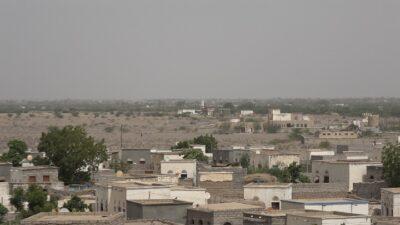 القوات المشتركة تخمد مصادر نيران مليشيات الحوثي وترصد 12 طائرة استطلاع للمليشيا جنوب الحديدة