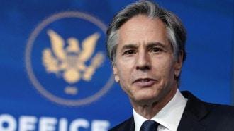 """وزير الخارجية الأمريكي يحمل الصين مسؤولية تفاقم """"كورونا"""""""