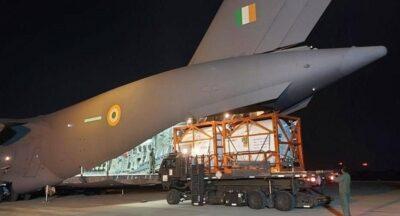 بعد تأزم الوضع الوبائي.. نقل حاويات أكسجين من دبي إلى الهند