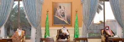 أمير تبوك يستقبل المواطنين في اللقاء الأسبوعي