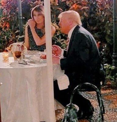"في ظهور نادر.. عشاء ""رومانسي"" يجمع ترامب وزوجته ميلانيا"