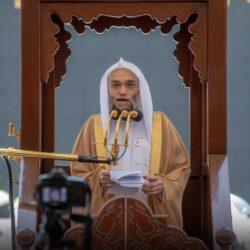 الشيخ علي الحذيفي في خطبة الجمعة: عظموا نعمة الإيمان ونعمة القرآن فما أعطي أحد عطاء أفضل منهما