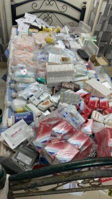 القبض على طبيب مزيف يبيع أدوية محظورة بجدة