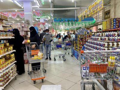 المجمعات والمراكز التجارية بتبوك تشهد إقبالاً من المتسوقين إستعداداً لشهر رمضان المبارك