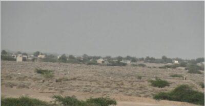 مليشيات الحوثي تطلق نيران أسلحتها على الأعيان المدنية بالجاح وتقصف منطقتي الجبلية والفارة