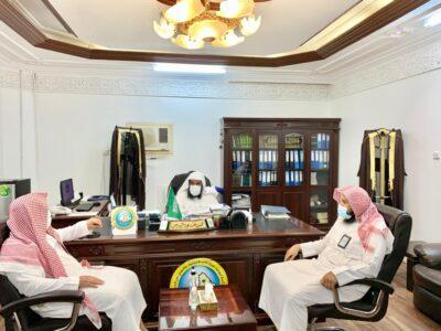 مدير عام فرع هيئة الأمر بالمعروف بمنطقة نجران يتفقد هيئة مدينة نجران والمراكز التابعة لها