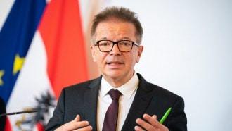 """وزير الصحة النمساوي يقدم إستقالته بسبب كورونا: """"منهك وطاقتي استنفدت"""""""