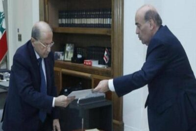 """بعد التصريحات المسيئة.. وزير خارجية لبنان """"يطلب إعفاءه"""""""