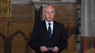 """الرئاسة التونسية تعلق على مزاعم """"مخطط انقلابي"""" لقيس سعيد"""