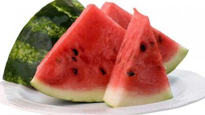 المركز الاتحادي للتغذية: فوائد سحرية لـ«البطيخ»