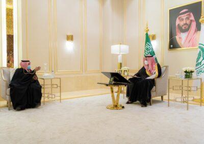 أمير الباحة يستقبل مدير عام فرع ديوان المحاسبة بالمنطقة ويستعرض تقرير تقويم أداء الإدارات الخدمية