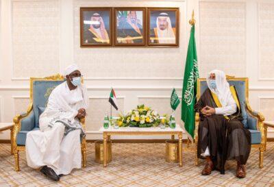 """""""وزير سوداني"""" الخطر الصفوي ليس بعيداً عن منهج جماعات الإسلام السياسي فهما يشتركان في القيم والأهداف العامة"""