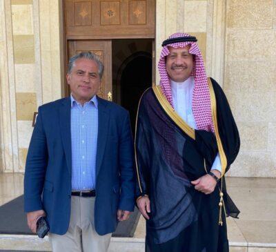 مدير مكتب جلالة ملك الأردن يلتقي سفير خادم الحرمين الشريفين