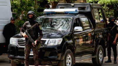 """مصر.. اتهام معلم بـ""""أفعال مخلة"""" داخل مدرسة للطالبات"""