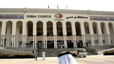 """عصابة في دبي تحاول قتل شاب لرفضه دفع """"ضريبة الحماية"""""""