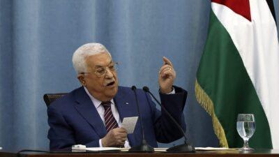 عباس: جهود عربية ودولية تبذل لتثبيت وقف إطلاق النار في غزة