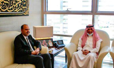 سفير المملكة لدى الأردن يلتقي عضو مجلس الأعيان الأردني حسين بن هزاع المجالي