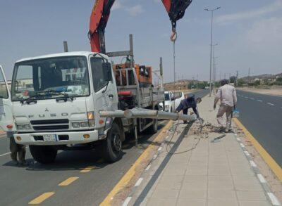 استبدال 122 عمود إنارة تالفة بشوارع الطائف