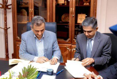 المحافظ لملس يوقع عقد استئجار 100 ميجاوات لرفع القدرة التوليدية لكهرباء العاصمة عدن