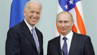 """صحفي يسأل بوتين: """"هل أنت قاتل؟"""".. والرئيس الروسي يرد """"ضاحكا"""""""