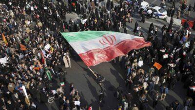 منظمات حقوقية: إيران تستخدم القوة المفرطة لتفريق احتجاجات المياه