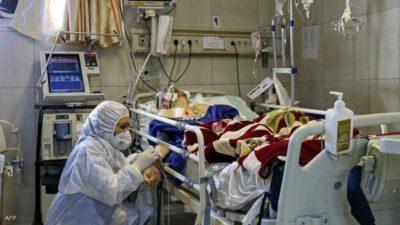 """إيران.. """"تسونامي"""" كورونا يعصف بالبلاد وارتفاع بوفيات الوباء"""
