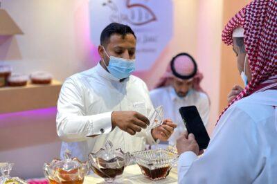 مهرجان العسل الدولي 13 في الباحة ينطلق وسط حضور كثيف وإجراءات احترازية