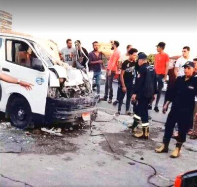 """مصر: أفعى """"كوبرا"""" تثير فوضى داخل """"ميكروباص"""" وتتسبب بحادِث أدى لمقـتل 5 أشخاص"""