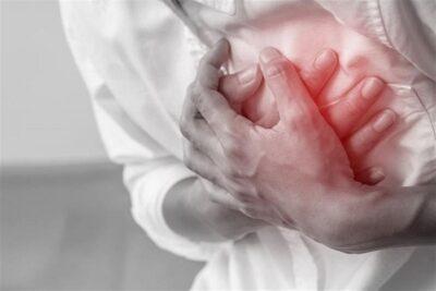 استشاري: 8 أسباب مشهورة لحدوث جلطات القلب تحت سن الخمسين