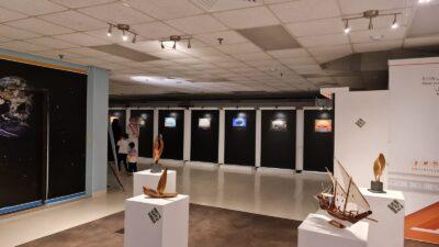 """افتتاح معرض برواز الفني بمشاركة """"37"""" فناناً تشكيلياً ومصوراً فوتوغرافياً بالجبيل الصناعية"""