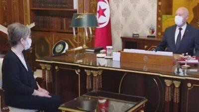رئيس تونس يحدد مهمة حكومة بودن.. ويحذر من إسقاط الدولة