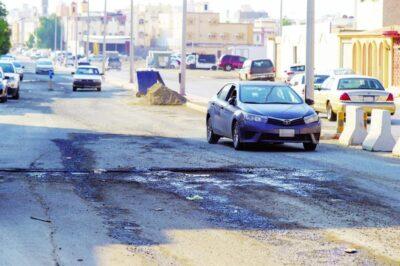 مسؤول بلدية بالقطيف يوضح متى يستحق صاحب المركبة تعويضاً عن ضرر نتج عن مواقع العمل