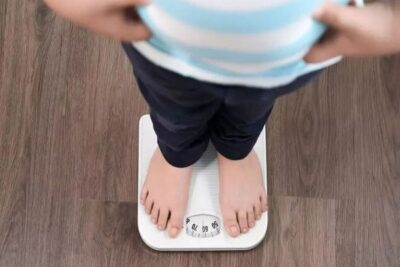 دراسة: تغيير قائمة الطعام يساعد على التخلص من خطر السمنة