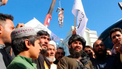 طالبان تبرر تعليقها الجثث على رافعات في هرات