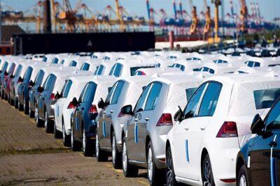 إيقاف فسح سيارات 15 شركة مؤقتاً لعدم الالتزام بمعيار الوقود