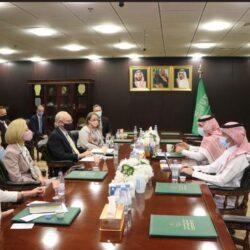 الكاظمي يخصص الطائرة الرئاسية لنقل المثقفين العراقيين لمعرض الرياض للكتاب