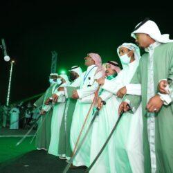 شرطة الباحة تطيح بـ7 مواطنين ظهروا في مقطع أثناء مشاجرة بأحد الأماكن العامة